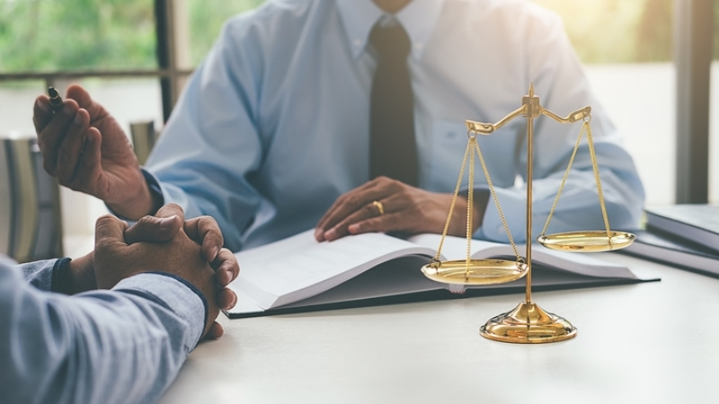 What is the Role of Business Litigation Attorney?